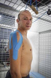 porażenie splotu ramiennego, wypadek, rehabilitacja, taping